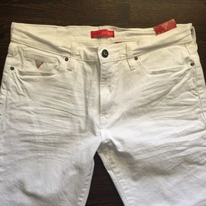 NWT Guess Lincoln Slim Straight Jeans